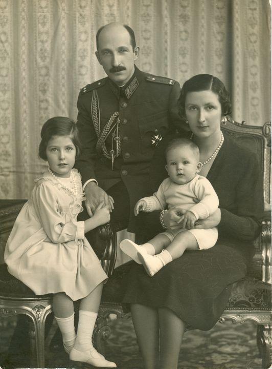 Царското семейство в Двореца Врана, 1940 г.