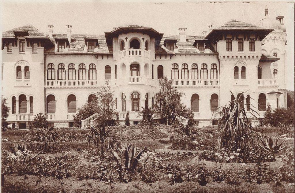 Най-ранната снимка на Новия дворец във Врана, 1911 г.